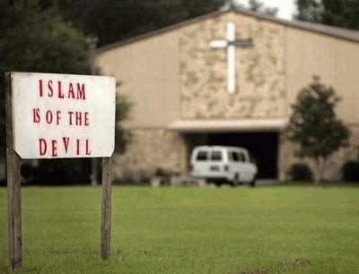 A church sign calling Islam of the Devil